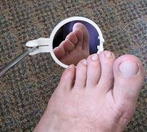 http://diabetesmelitus.org/wp-content/uploads/2012/09/cermin-kaki.jpg